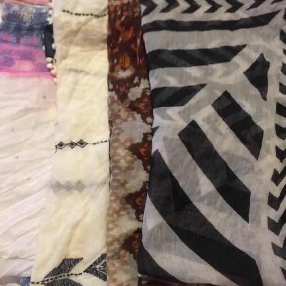 American Eagle Outfitters Accessories - scarf bundle